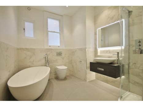 bathroomOne Flanders Mansions Project